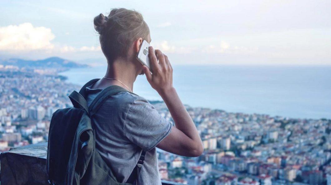 El Mercosur eliminó el roaming y no habrá que pagar extra por usar el teléfono fuera del país